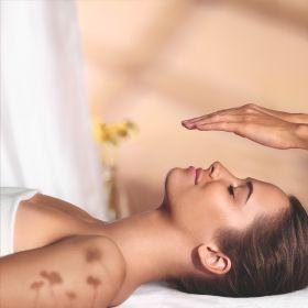 טיפול פנים אנט'י אייגינג דיווין 90 דקות בספא L'OCCITANE