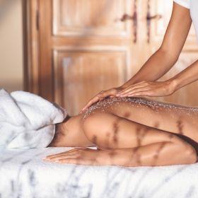 פילינג ועטיפת גוף שקד 90 דקות בספא L'OCCITANE